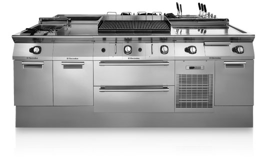 Линии модульного теплового оборудования Electrolux Professional 900XP и 700XP
